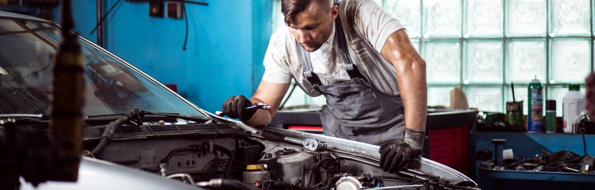 מגה וברק קורס חשמלאי רכב במכללות - לימודי חשמל ואלקטרוניקה לרכב - אתר מכללות SP-03